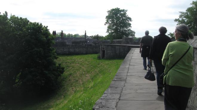 Strolling on the City Wall